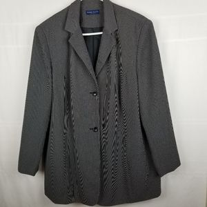 Karen Scott Woman black/white blazer Size 20W